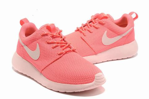 chaussure nike roshe run pas chere,nike roshe femme noir et blanc