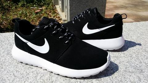 nike roshe run original pas cher